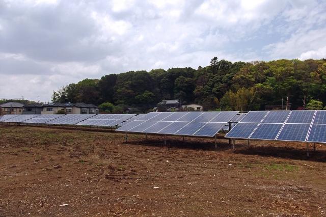 太陽光発電所(フェンス無し)